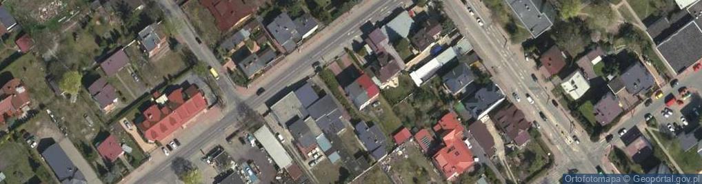 Zdjęcie satelitarne Aleja Armii Krajowej 28