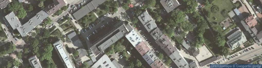 Zdjęcie satelitarne Komorowskiego Bolesława 12
