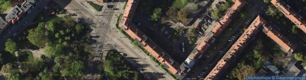 Zdjęcie satelitarne Nowowiejska 64/66