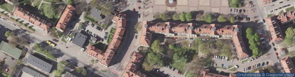 Zdjęcie satelitarne Ojca Bocheńskiego Innocentego 6