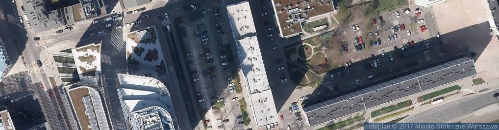 Zdjęcie satelitarne Pereca Icchaka Lejba 13/19