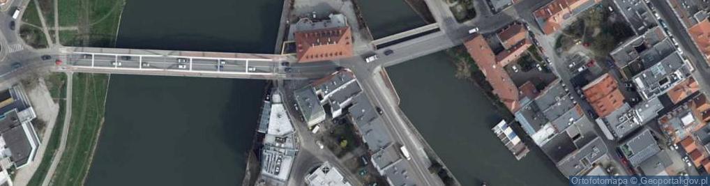 Zdjęcie satelitarne Piastowska 4