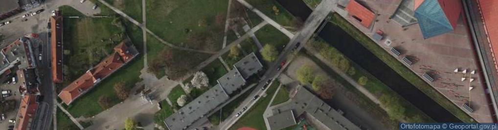 Zdjęcie satelitarne Plac Obrońców Poczty Polskiej 12