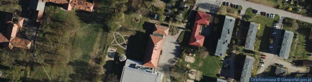 Zdjęcie satelitarne Poprzeczna 10
