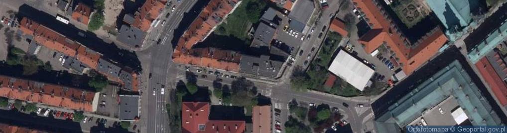 Zdjęcie satelitarne Senatorska 1