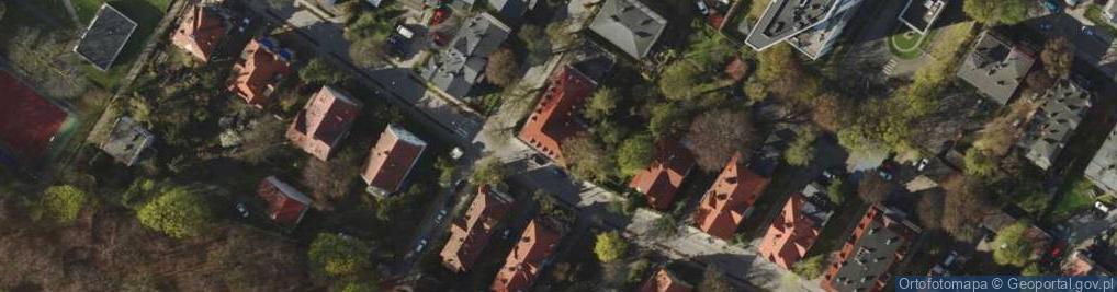 Zdjęcie satelitarne Stefana Batorego 15