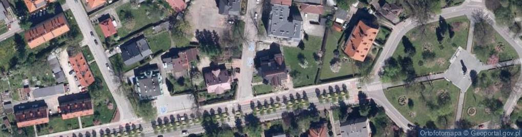 Zdjęcie satelitarne Stefana Batorego 27