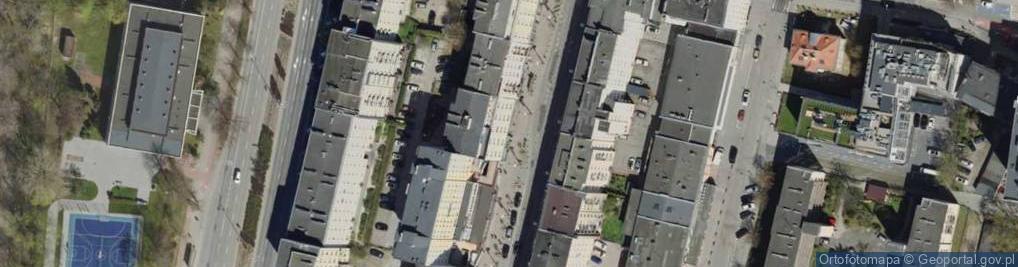 Zdjęcie satelitarne Świętojańska 108