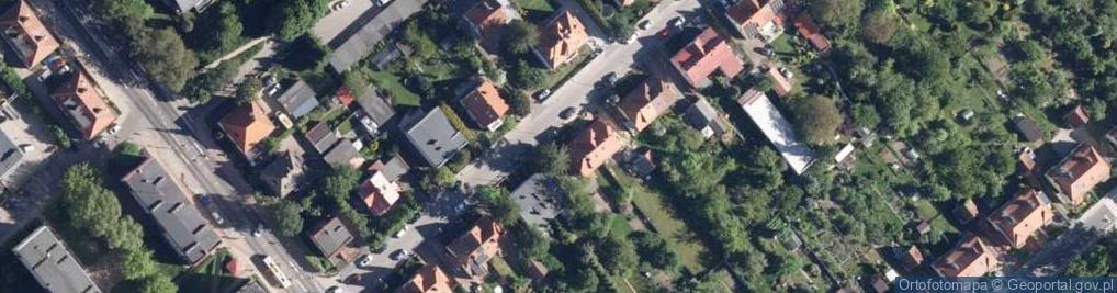 Zdjęcie satelitarne Szymanowskiego Karola 46
