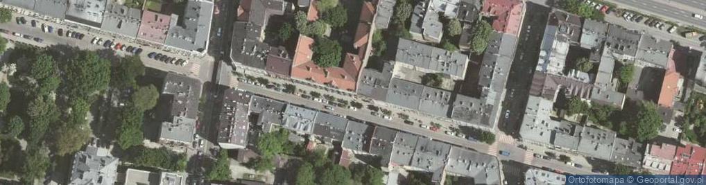 Zdjęcie satelitarne Topolowa 22