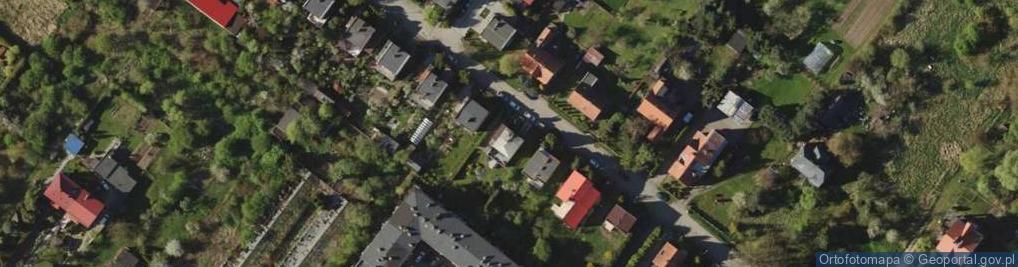 Zdjęcie satelitarne Włościańska 13A