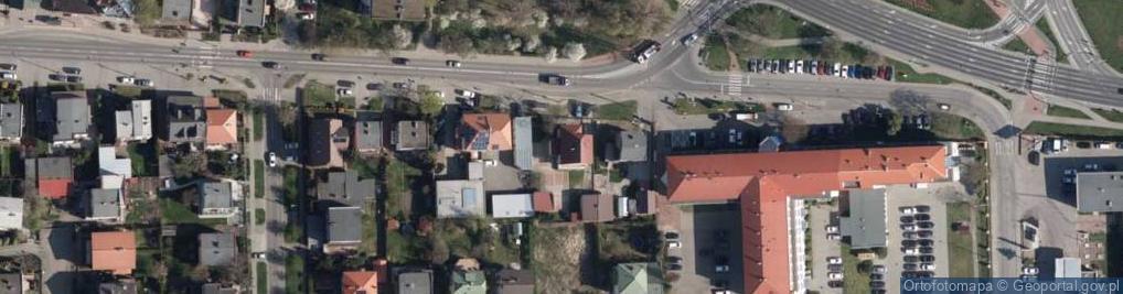 Zdjęcie satelitarne Wyszogrodzka 102