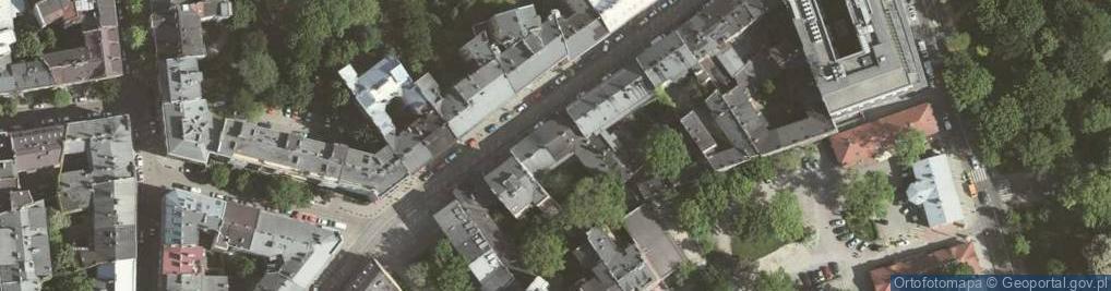 Zdjęcie satelitarne Zwierzyniecka 12
