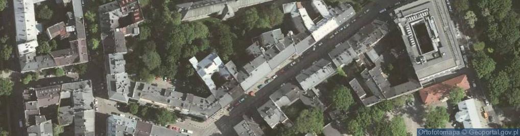 Zdjęcie satelitarne Zwierzyniecka 13