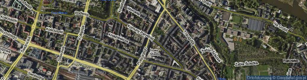 Zdjęcie satelitarne Komuny Paryskiej ul.