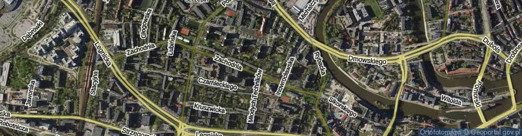 Zdjęcie satelitarne Młodych Techników ul.