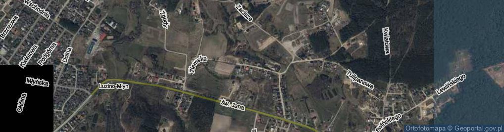 Zdjęcie satelitarne Ziemska