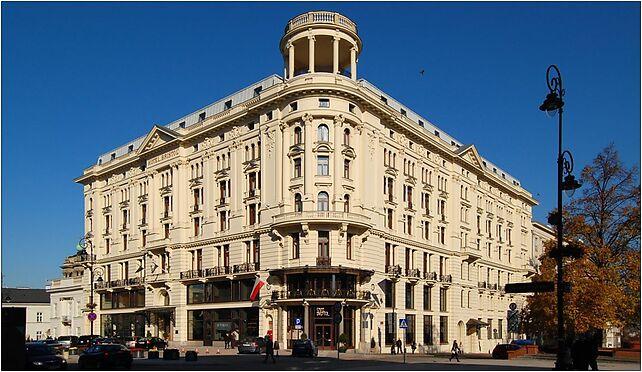 http://img.targeo.pl/i/cache/wikipic/hot/Hotel_Bristol_w_Warszawie_jpg-seo.jpg