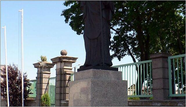 Strzelno, pomnik sw. Wojciecha, Bławaty, św. Wojciecha, pl. 4